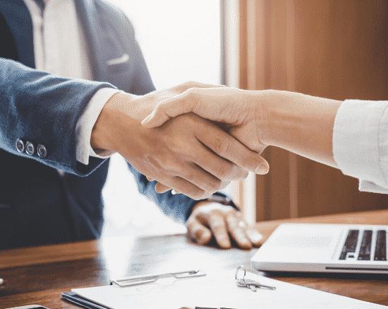 Contrato de parceria para contratar profissionais parceiros